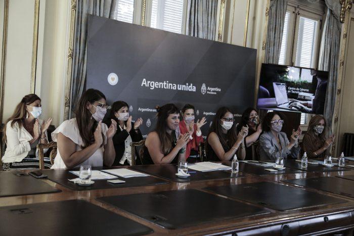 Lanzamiento del Centro de Género en Tecnología